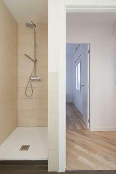 Baño reformado. #Interiorismo #reformas #Barcelona