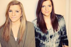 The Twins Behind Hairodynamic and TeenMakeupTips Share Their Best Blogging Advice Monica Church, Miranda Sings, Tyler Oakley, Youtube Stars, Twins, Siblings, Youtubers, Amanda, Tie Dye