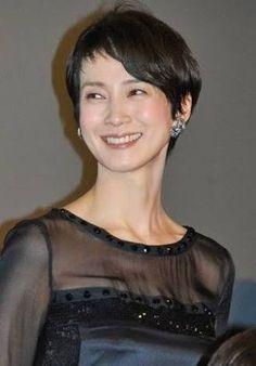 「安田成美 髪型」の画像検索結果