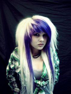 Amber Katelyn Beale (Ambrehhh is Dead) Emo Scene Hair, Emo Hair, Emo Bangs, Cute Emo Girls, Scene Kids, Cosplay, Punk, Hair Inspiration, Cool Hairstyles