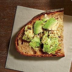 smashed-avocado-toast