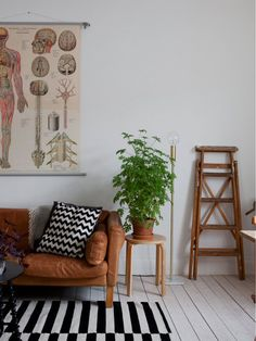 TS0 Simply Home, Scandinavian Interior, Entryway Bench, Gallery Wall, Kids Rugs, Living Room, Vintage, Inspiration, Furniture