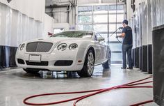 We're getting Friday underway with a hand wash on Cats Exotics BENTLEY Continental GT!