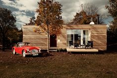 The 2 PLUS Classic, a modern prefab dwelling by Freedomky