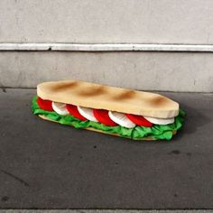French Street Artist Turns Discarded Mattresses Into Giant Food Sculptures Street Trash, Street Food, Food Sculpture, Sculptures, Pop Art Party, Giant Food, Old Mattress, French Street, Edible Food