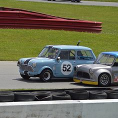 A very close finish for Nick Swift in Swiftune powered #52 and Chris Kopley #03 at the Can-Am Mini Challenge at the Mid-Ohio circuit, America last year! #MidOhio #historicracing #miniracing #classicmini