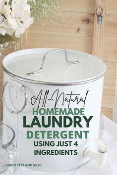 Natural Cleaning Solutions, Natural Cleaning Recipes, Natural Cleaning Products, Natural Laundry Detergent, Homemade Laundry Detergent, Essential Oils Guide, Natural Essential Oils, Cleaning Checklist, Cleaning Hacks