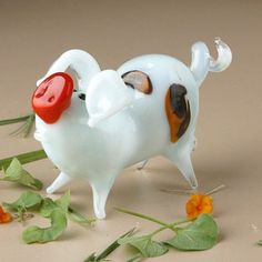 Pig Glass Figurine by The Russian Store This Little Piggy, Cute Little Things, Little Pigs, Blown Glass Art, Flying Pig, Cute Pigs, Glass Figurines, Glass Animals, Glass Ornaments