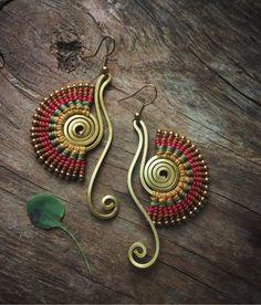 Macrame Earrings, Macrame Jewelry, Seed Bead Earrings, Wire Jewelry, Card Weaving, Micro Macramé, Macrame Patterns, Gifts For Women, Creations