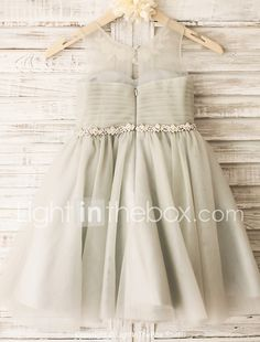 A-Line/Princess Scoop Neck Tea-length With Beading/Appliques Tulle Flower Girl Dresses - Flower Girl Dresses - lalamira Princess Flower Girl Dresses, Cheap Flower Girl Dresses, Pretty Dresses, Girls Dresses Online, Little Girl Outfits, Pageant, Frocks, Scoop Neck, Clothes