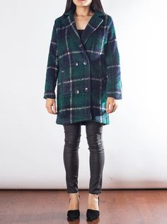 Button down coat Boyfriend cut Checkered blue, green, and beigeREF Down Coat, Boyfriend, Plaid, Boutique, Jackets, Blue, Shirts, Women, Fashion
