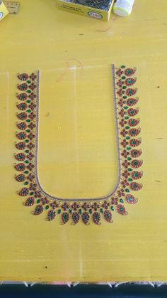 Best Blouse Designs, Simple Blouse Designs, Silk Saree Blouse Designs, Bridal Blouse Designs, Diya Designs, Hand Designs, Mirror Work Blouse Design, Sari Design, Maggam Work Designs
