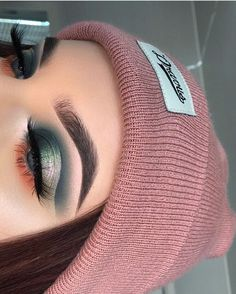 makeup & beauty - February 26 2019 at - Beautiful Make-up and Cosmetics Inspiration - Fashion Trends and Brand Names - Clothing and Wardrobe Choices - Bargain and Luxury Shopping Guide For Trendsetters and Shopaholics - Latest International Styles Makeup Goals, Makeup Inspo, Makeup Art, Makeup Ideas, Makeup Hacks, Cute Makeup, Pretty Makeup, Gorgeous Makeup, Eyeliner