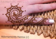 Fancy Fingers - Adornaments Henna
