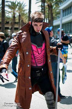 Gambit, photo by Davan Srey. Cosplay by John Chaos Gambit Cosplay, Male Cosplay, Best Cosplay, Awesome Cosplay, X Men Costumes, Cool Costumes, Cosplay Costumes, Cosplay Ideas, Gambit Marvel