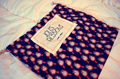 Un sac pour votre linge, tout joli, tout mignon et très simple à fabriquer !   C'est par ici pour le tuto : http://makeri.st/tuto-sac-linge