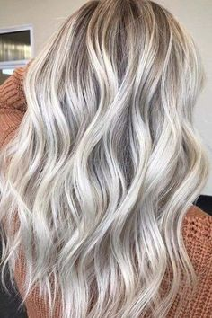 Try easy Vanilla Champagne Hair Color 125188 Champagne Blonde Hair Color Pccheatz ideas using step-by-step hair tutorials. Bright Blonde Hair, Blond Ombre, Blonde Hair With Highlights, Ash Blonde Hair, Blonde Color, Balayage Hair Blonde, Blonde Highlights With Lowlights, Light Ash Blonde, Icy Blonde