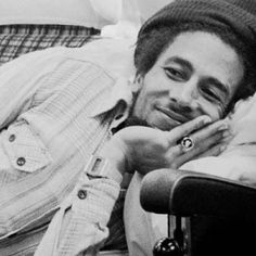 Bob Marley. Blessed with wisdom, talent and LOOKS!
