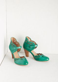 Upswing in Your Step Heel. With a-one, and a-two, and a-one, two, three, youre on the dance floor in a flash clad in these emerald heels from Miz Mooz! #gold #prom #modcloth