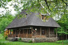 Traditional House, Traditional Design, Log Homes Exterior, Visit Romania, Charming House, Vernacular Architecture, Cabins And Cottages, Cabin Homes, Next At Home