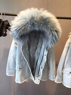 9c8feb2cecf13 Fashion Design Large Raccoon Fur Collar Women's Denim Jacket With Real Fox  Fur Detachable Liner Hooded