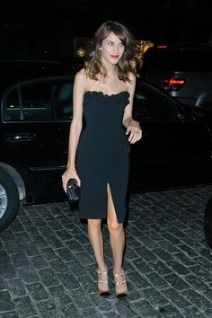 Alexa Chung Photo - Stylish Alexa Chung attends a Fashion's Night Out event at Moschino in New York