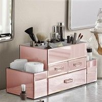 Need a fantastic way to store all your makeup? Do you find it impossible to find that lipstick or ma