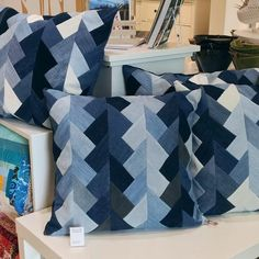 Newly braided denim pillows now in stock at in Seattle! 2019 Newly braided denim pillows now in stock at in Seattle! The post Newly braided denim pillows now in stock at in Seattle! 2019 appeared first on Denim Diy. Quilting Projects, Quilting Designs, Sewing Projects, Denim Quilt Patterns, Denim Quilts, Bag Patterns, Patchwork Jeans, Blue Jean Quilts, Picnic Quilt