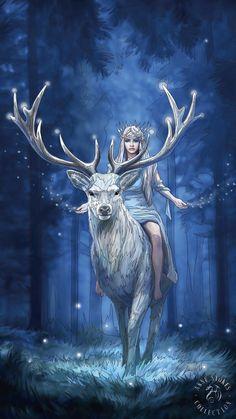 Fantasy Kunst, Gothic Fantasy Art, Beautiful Fantasy Art, Art And Illustration, Fantasy Paintings, Fantasy Artwork, Mythical Creatures Art, Fantasy Creatures, Anne Stokes