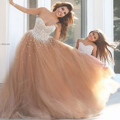 2016 Sparkle Bling Long Prom dresses Backless A line Tulle Floor length Sparkle Fashion Graduation Party gowns High quality
