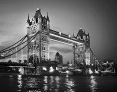 London Bridge Wall Mural