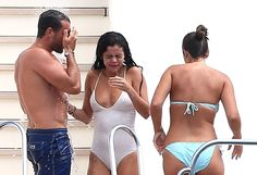 Selena Gomez and Her New Boyfriend Jumped Off a Yacht