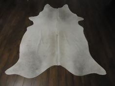 Cowhide Rug Light Grey Brazilian Cow Skin Almost White Some Gray786 Ebay