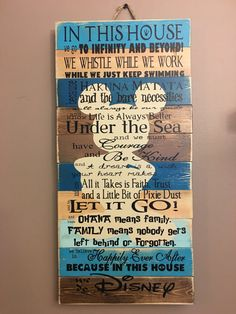 Show Off Your Family Rules With These Disney Quotes Does your family run on Disney? If so, today's Etsy discovery is totally for you! Check out this Family Rules sign made from Disney quotes! Disney Diy, Casa Disney, Deco Disney, Disney Home Decor, Disney Crafts, Disney Love, Disney Wall Decor, Disney Stuff, Diy Disney Decorations