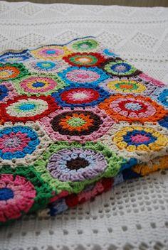 gerti-rouge:    crocheted blanket by Studio SOIL on Flickr.