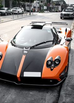 Pagani Zonda Cinque  sports cars
