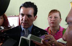 Delegado de SEGOB da seguimiento coordinación ora investigar robo de armas    http://ift.tt/2tK5GSw