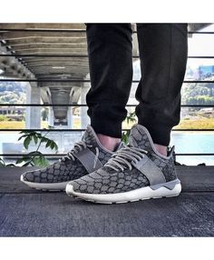 d704dcfaeadfbe in the Tubular Primeknit. Be sure to tag your on-foot sneaker photos with  for a chance to be featured. What are you wearing today