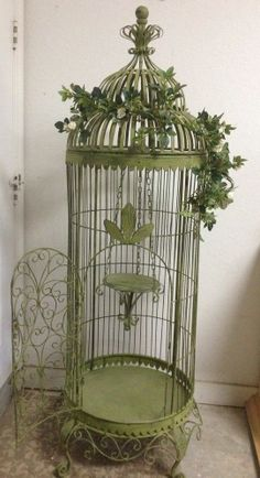 Large Green Decorative Metal/Steel Birdcage with Vine