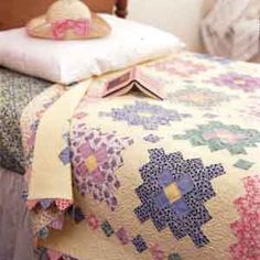 ~ Friday Freebie: Almost a Flower Garden Quilt Pattern