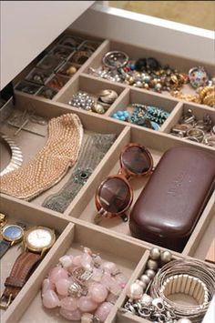 Use makeup/office drawer organizers to organize jewelry and accessories.