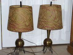 2 MID CENTURY MODERN metal mica  TRIPOD LAMP Atomic Majestic Raymor Lampen Eames