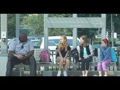 Ponen a prueba a adultos cuando hacen bullying a niña de al lado