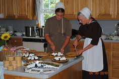Meals in Amish Homes - Amish Tours of Ohio by Amish Heartland Tours & Receptive