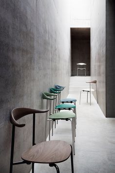 Carl Hansen and Son puts Hans J. Wegners 1955 wood and steel CH88 chair into…