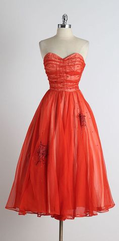 1950s Gothe Spiderweb Red Tulle Sequins Dress