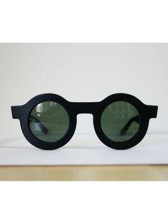 Sunglasses Black Circle by Ellen Van Dusen