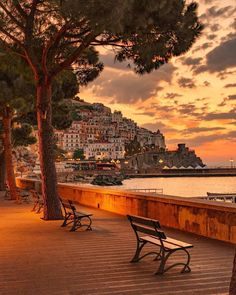 Tag who would you take pleasure in this sundown with ✨ Amalfi, Italy. Photograph by Tag who would you take pleasure in this sundown with ✨ Amalfi, Italy. Photograph by Tag who would you take pleasure in this sundown with ✨ Amalfi, Italy. Amalfi Italy, Amalfi Coast, Places To Travel, Places To See, Travel Aesthetic, Italy Travel, Italy Vacation, Travel Inspiration, Travel Photography