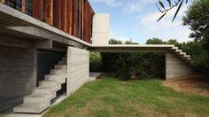 Besonias Almeida Arquitectos | Costa Esmeralda House - Besonias Almeida Arquitectos