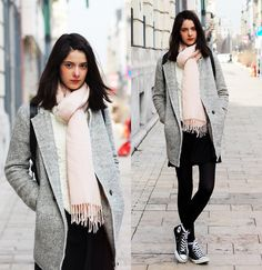 Nora Aradi - Choies Coat, Choies Sweater, Converse Sneakers - Cable knit